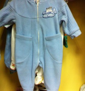 Одежда , обувь и товары для новорожденных