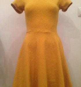 Новое. Платье размер 42