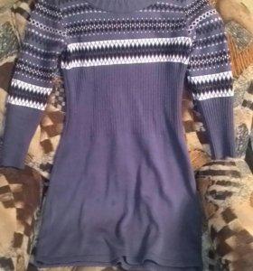 Платье тёплое красивое