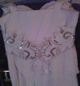 Платье(цена договорная)