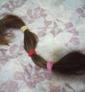 Натуральные волосы около 45 см.