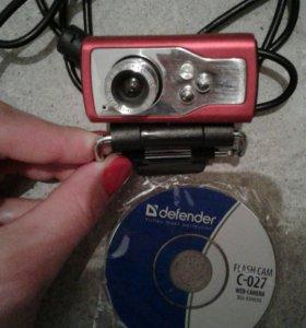 Веб-камера и наушники