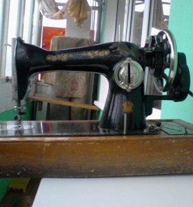Швейная машинка б/у хор.сост. тел.+79841924296