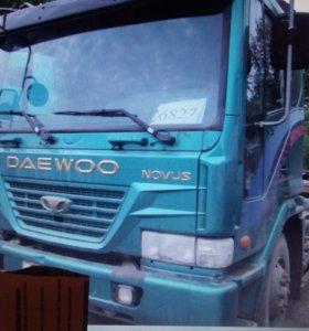 Тягач Daewoo Ultra Novus 2003г.