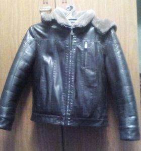 Подростковая  кожаная куртка размер 44 темно корич