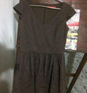 Платье( ostin)