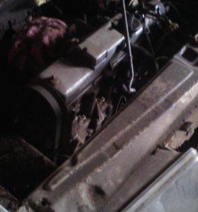 Двигатель +коробка