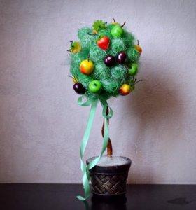 Топиарий или дерево счастья отличный подарок