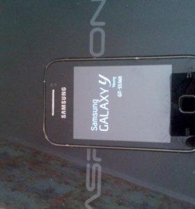 Телефон Samsung galaxy y