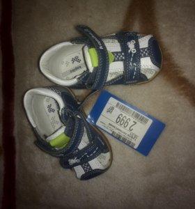 Новые детские сандали KAPIKA