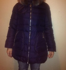 Куртка зимняя 48-50 в идеальном состоянии.