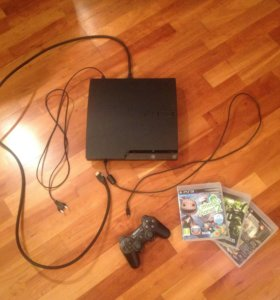 Sony Play Station3 300 Гб+3 игры