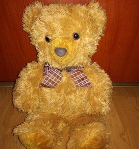Мягкая игрушка — мишка Тедди