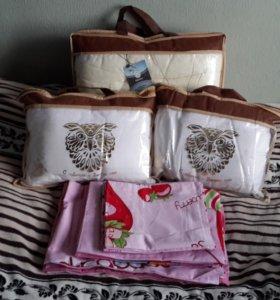 Комплект одеяло + 2 подушки + подарок