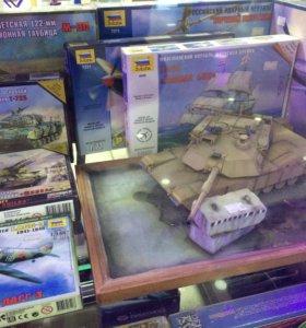 Диорама танк Абрамс А1М2 на поле боя