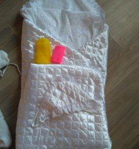 Одеяло и комбинезон  на выписку+пеленки