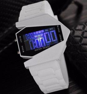 Продам спортивные часы