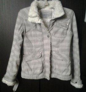 Курточка женская утепленная 44-46