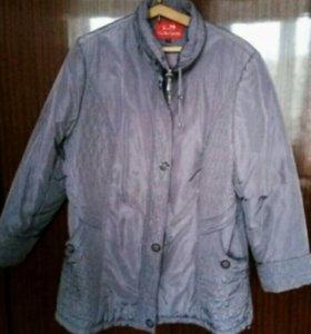 Куртка демисезонная с капюшоном