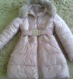 Пальто зимнее для девочки 9-10 лет( рост 152 см)