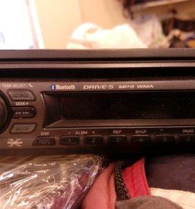 Авто магнитола Sony