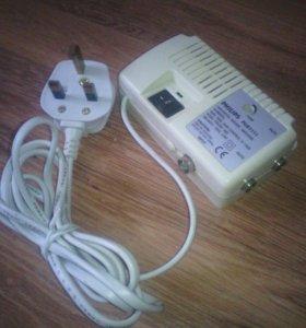 Усилитель и разветвитель ТВ сигнала PHILIPS PU5111