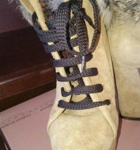 Зимнии ботинки.. Carlo pozalini