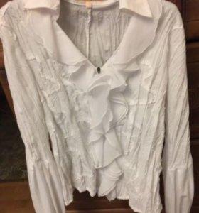 Блузки белые и чёрная б/у
