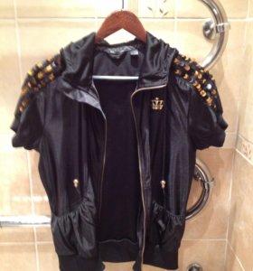 Куртка с коротким рукавом и капюшоном (adidas)