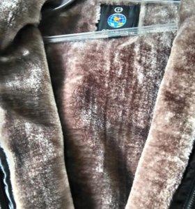 Кожаная куртка утепленная. Весна, осень.