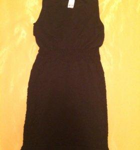 Платье стрейч 42-44 с вышивкой по бокам