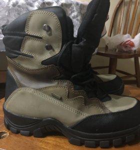 Зимние ботинки. Del- Tex. Кроссовки зимние.