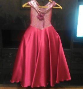 Праздничное платье 110 см.
