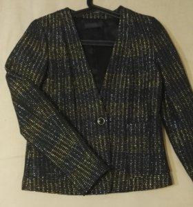 Новый пиджак trussardi, размер s