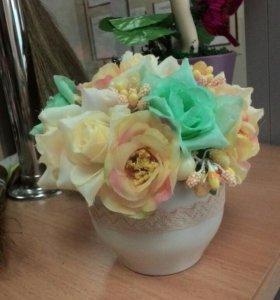 Мини букет из искусственных роз