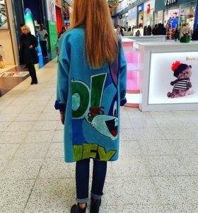 Пальто с ручной росписью
