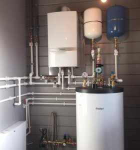 Монтаж отопления и водоснабжения.
