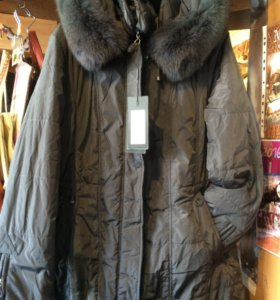 Зимняя теплая куртка новая