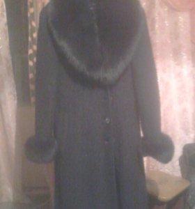 Пальто женские.