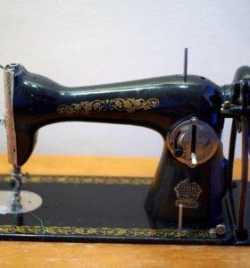 Продам швейную машинку Подольск.