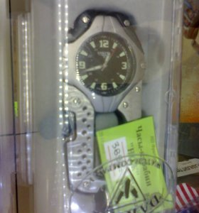 Часы-карабин
