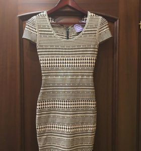 Женское платье HERVE LEGER (новое, размер L)