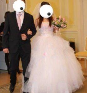 Костюм классический свадебный