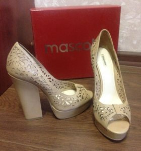 Туфли женские Mascotte 38. р-ра