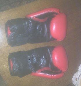 Боксёрские перчатки 6унций