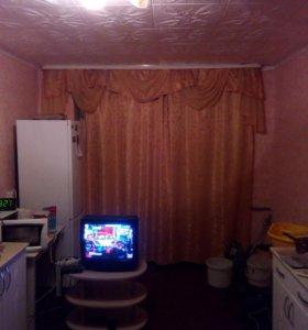 Продам комнату в секции 9115610983