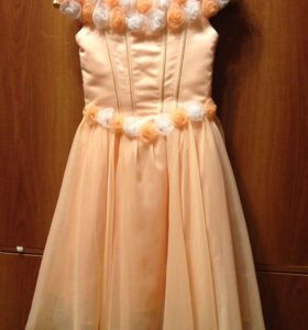 Платье, на возраст 7-8 лет