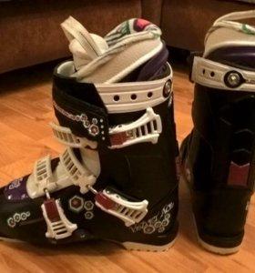Горнолыжные ботинки Nordica velvet ace