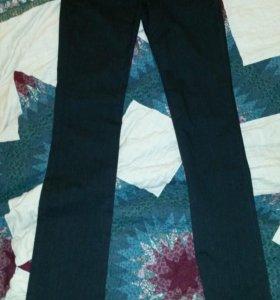 Зауженные джинсы и брюки