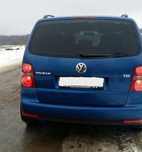 Volkswagen Touran 2008г.
